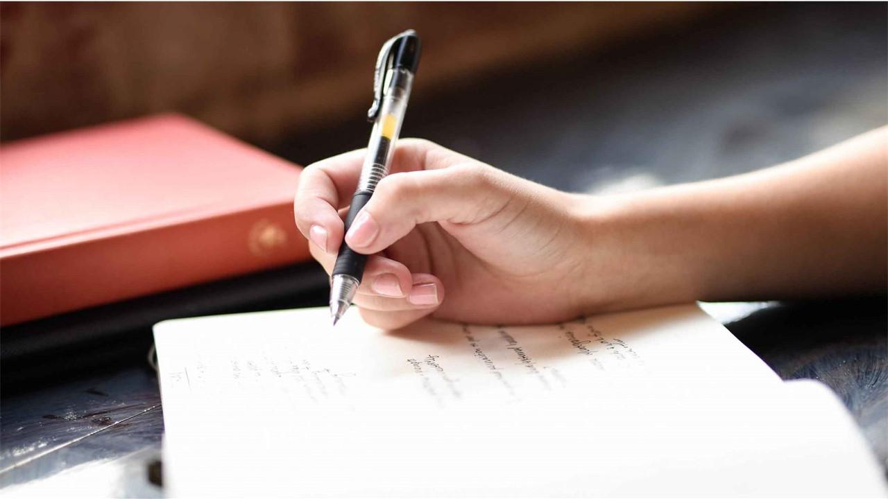Memiliki Beban Pikiran, Coba curahkan Lewat Tulisan