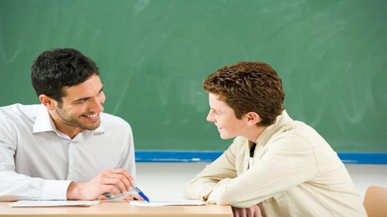 Bagi Pencari ilmu, Bergurulah Kepada Guru Jangan Buku