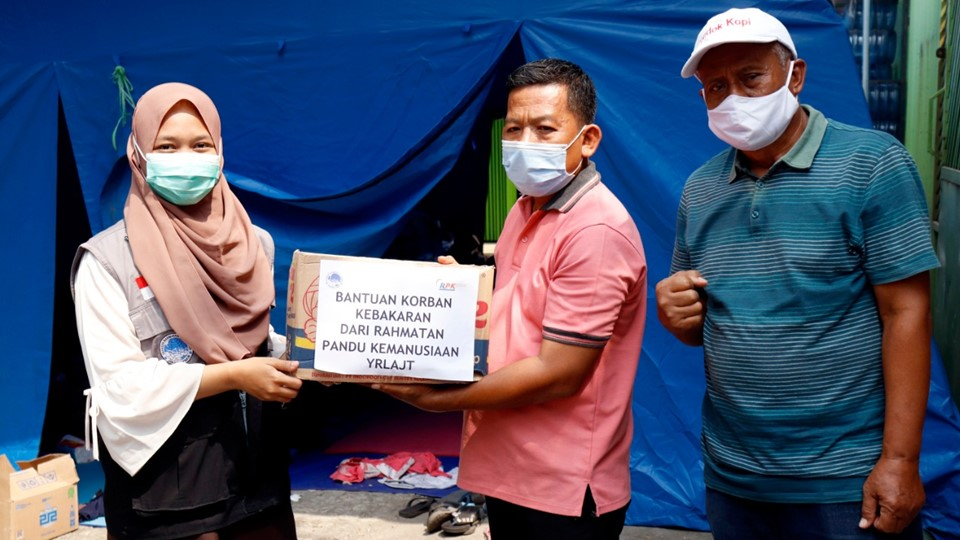 RPK Peduli Bantu Korban Kebakaran Pondok Kopi